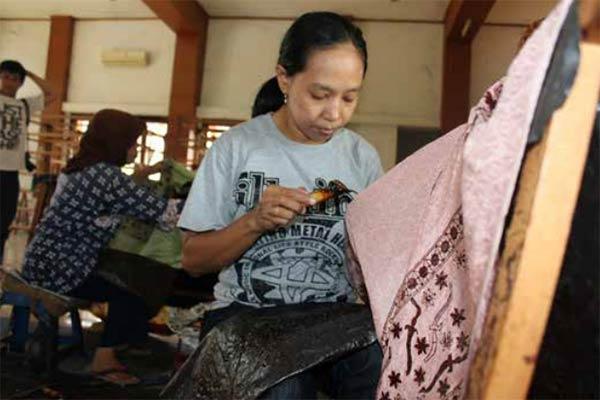 Pengrajin batik Aceh